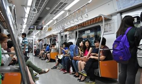 Bạn biết gì về văn hóa đi tàu điện ở Nhật Bản?
