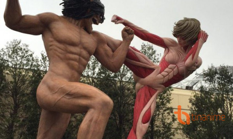 """Eren """"trần như nhộng"""" tại triển lãm Attack on Titan Nhật Bản!"""