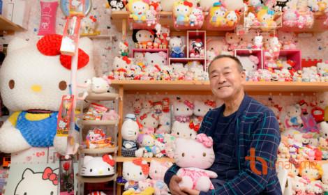 """Fan cực bự của Hello Kitty và bộ sưu tập """"khủng bố""""!"""
