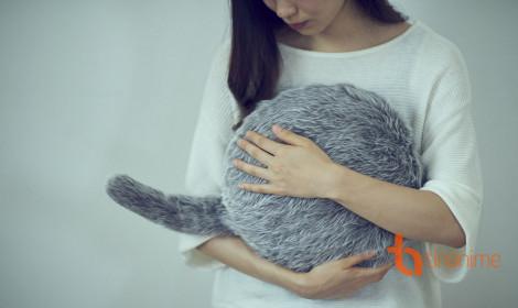 Chú mèo robot đến từ Nhật này có thể giúp mọi người giải tỏa lo âu