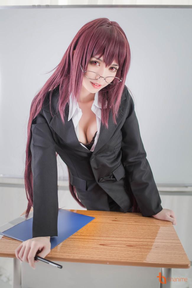 Cô giáo nóng bỏng tiếp tục khiến học sinh... mất tập trung học hành! - ảnh 3