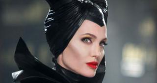 Phim mới của Angelina Jolie thu kém kỳ vọng