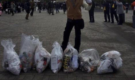 Số rác sau sự kiện Comiket cho thấy ý thức vệ sinh của người Nhật Bản là như thế nào!